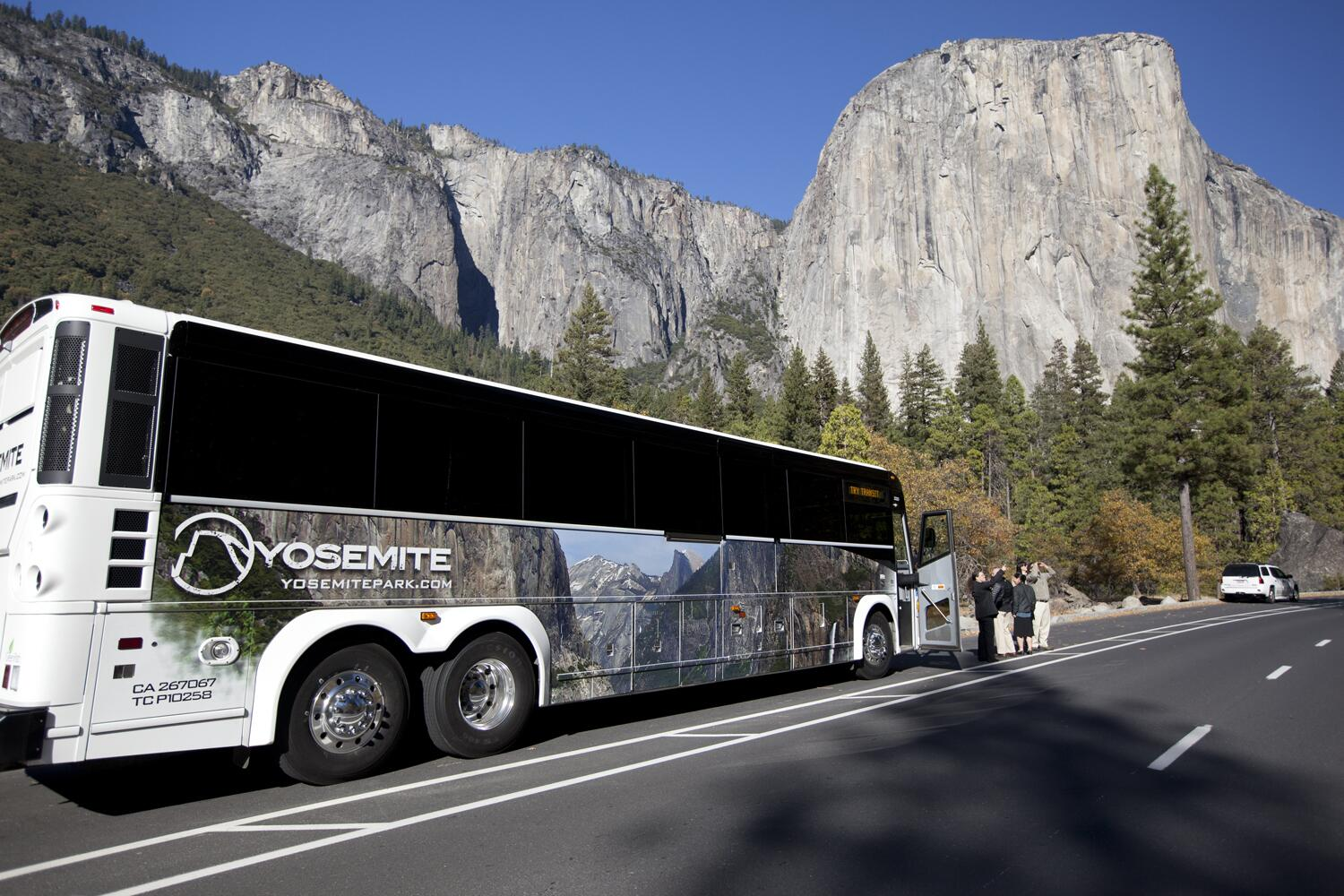 Starting this weekend, the #Yosemite Valley free shuttle bus route expands to include the El Capitan loop. http://t.co/08lyp4Znnm