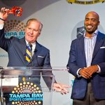 Cheers to @BobBuckhorn for giving Ronde the key to the city at TB Sports Commissions Sneaker Soiree at @TPepinsHC. http://t.co/UCPoMYVxG9