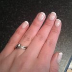 Very girly pretty nail thanks to @Earlsandco - the perfect start to my Friday night #bringontheChampagne! http://t.co/gI6vgwAVsj
