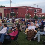 Big Crowd for the kickoff of the Concert in Simon Park Series with the Conway Community Band!#fb http://t.co/5fZEnqaBqz