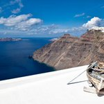 Stunning! --> RT @ATHNICO: GOOD MORNING FROM GREECE.PHOTO SANTORINI. http://t.co/LZRPV5yiFI