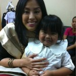 """@gretchenho: With my idol, Ryzza Mae! :) http://t.co/MQr7sRZgoN"""