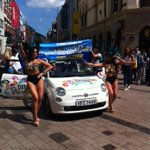 Sun is out, music is pumping, El Divino dancers looking #scandalous come say hi were having a party in cornmarket! http://t.co/4EAboxh6ta