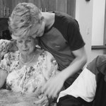 """@CodySimpson: grandma getting emtional aftr I playd her a new ballad I wrote. so blssed to hve such a beautiful fam http://t.co/ZgKVMyMT2h"""