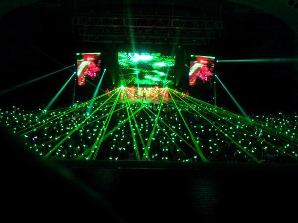 일본 파시피코 요코하마 국립대홀에서  B.A.P의 콘서트 사진 http://t.co/Ul9WMraJXY