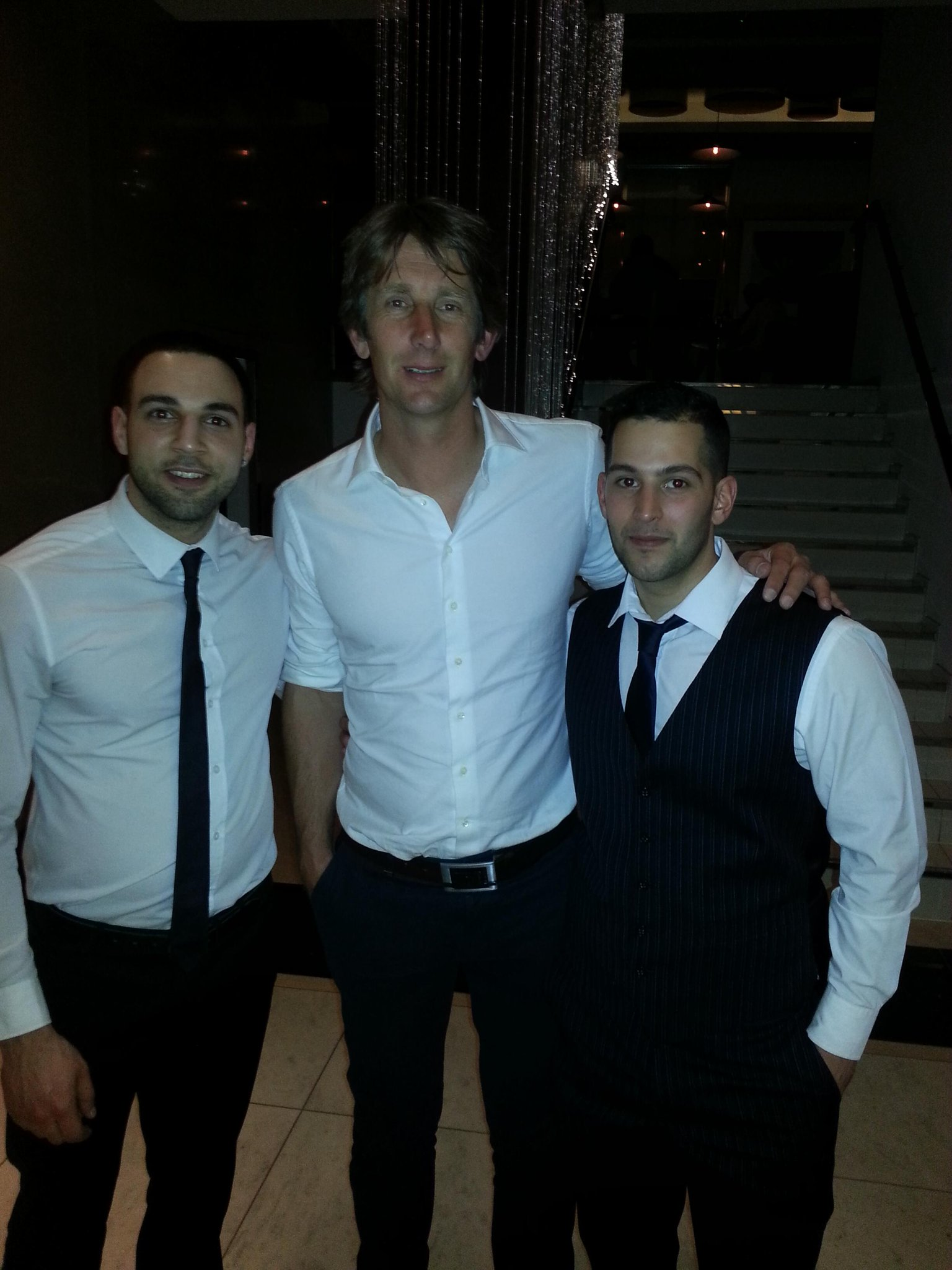 @vdsar1970 Thanks for the photo last night big man!! Me and @yus_p_23 were very happy http://t.co/Z5sn4qR17G