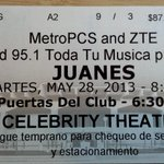 "Esta noche de concerto en Phoenix !   ""@ReneRosalesAZ: Guess who is seeing @juanes. This guy and good seats"