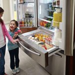 [PHOTO] A refrigerator designed with kids in mind. http://t.co/t4irh3lKyt