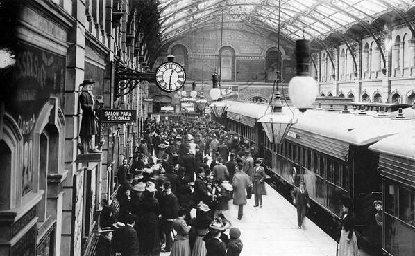 Estación de Trenes de Constitución en el año 1900 - CONSTITUCION RAILWAY STATION, YEAR 1900 - Buenos Aires, Argentina http://t.co/o0P2UZA5B6