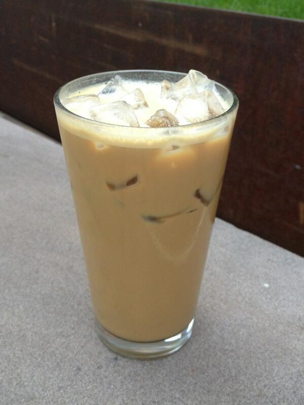 No shakerato at @IntelliNYC, just the Angelino, espresso + milk + sugar shaken over ice. @flyingthud? http://t.co/FwC7tHjFfU
