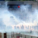 Picture: Dozens injured as tear gas fired at protesters opposing revamp of #Istanbul's #Taksim Square