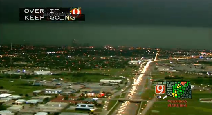 BREAKING PHOTO: I-35 is a parking lot near OK City as tornado approaches -- people warned to get off roads - @NEWS9 http://t.co/mmRSHW43Ib