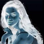 1.look at the red dot for 30 seconds 2.  look at a white ceiling /  after the 30 seconds 3. Blink your eyes quickly http://t.co/MReSwG4hSC