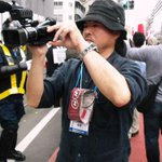 RT @enjoyenjou: もう悔しくて泣きそう…NHKが大久保の通名反対デモを捏造して偏向報道したまとめサイト⇒5月19日通名制度の悪用をなくせ!デモin新大久保を取材するNHKカメラマンの顔写真付きhttp://t.co/JdsK1JCVgO http://t.co/Q5rTerdII3 #NHK