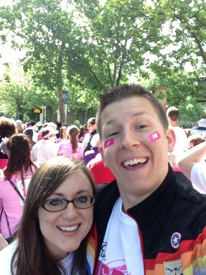 "About to start the walk!   Race for the Cure Seattle! <a class=""linkify"" href=""http://t.co/01Cs4pIiK0"" rel=""nofollow"" target=""_blank"">http://t.co/01Cs4pIiK0</a>"