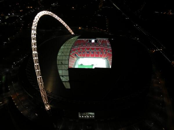 Wembley stadium illuminated this evening http://t.co/rD5KVVoSYC