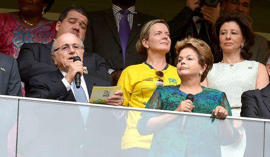 BM03xoECEAAjWDQ Brazilian president Dilma booed before Brazil Japan, Blatter calls for respect, booed as well!