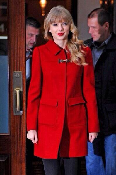 Plot twist: Taylor is red coat. http://t.co/8ELqtZuUmk