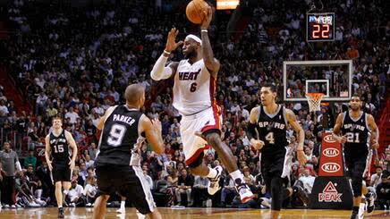 Lebron james ante san antonio http://t.co/hFtguW3KLL