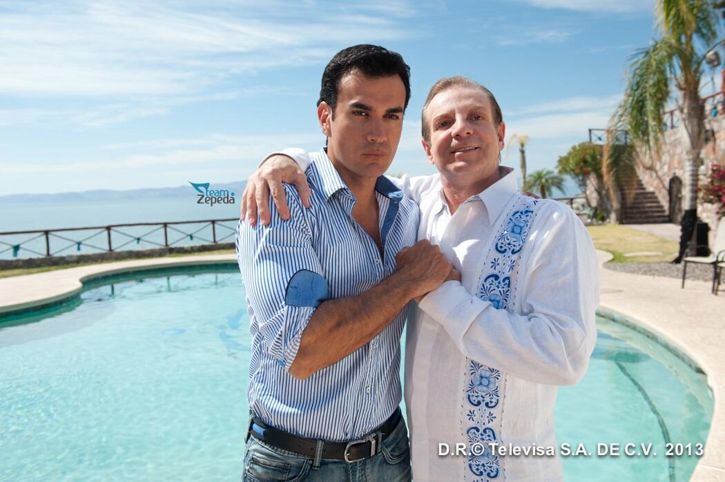 [FOTO] Ricardo Sánchez Bretón @davidzepeda1 y Gabriel Sánchez Fernández @alex_tommasi - @MentirParaVivir http://t.co/1vIO8xemaT