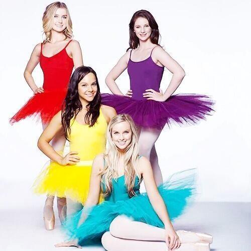 Dance Academy season 3 photo shoot!  @DenaAmyKaplan @LeeshyBee @IsabelDurant1 @Xenia94Xenia looking beautiful! xx http://t.co/0izQG2yTeP