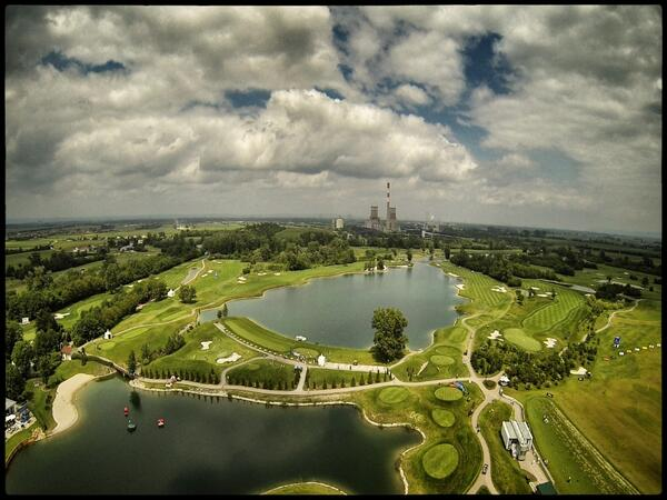 """""""@Dannyontour: View from high above Diamond Country Club #LyonessOpen #EuropeanTour http://t.co/hKIIFg5oKe"""" great photo!"""