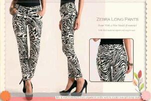 Celana bahan kaos tebal motif zebra, size S dan M. Contacts : 087775765550 | 081281793479 | 27656B16 http://t.co/i91KWa9RNa