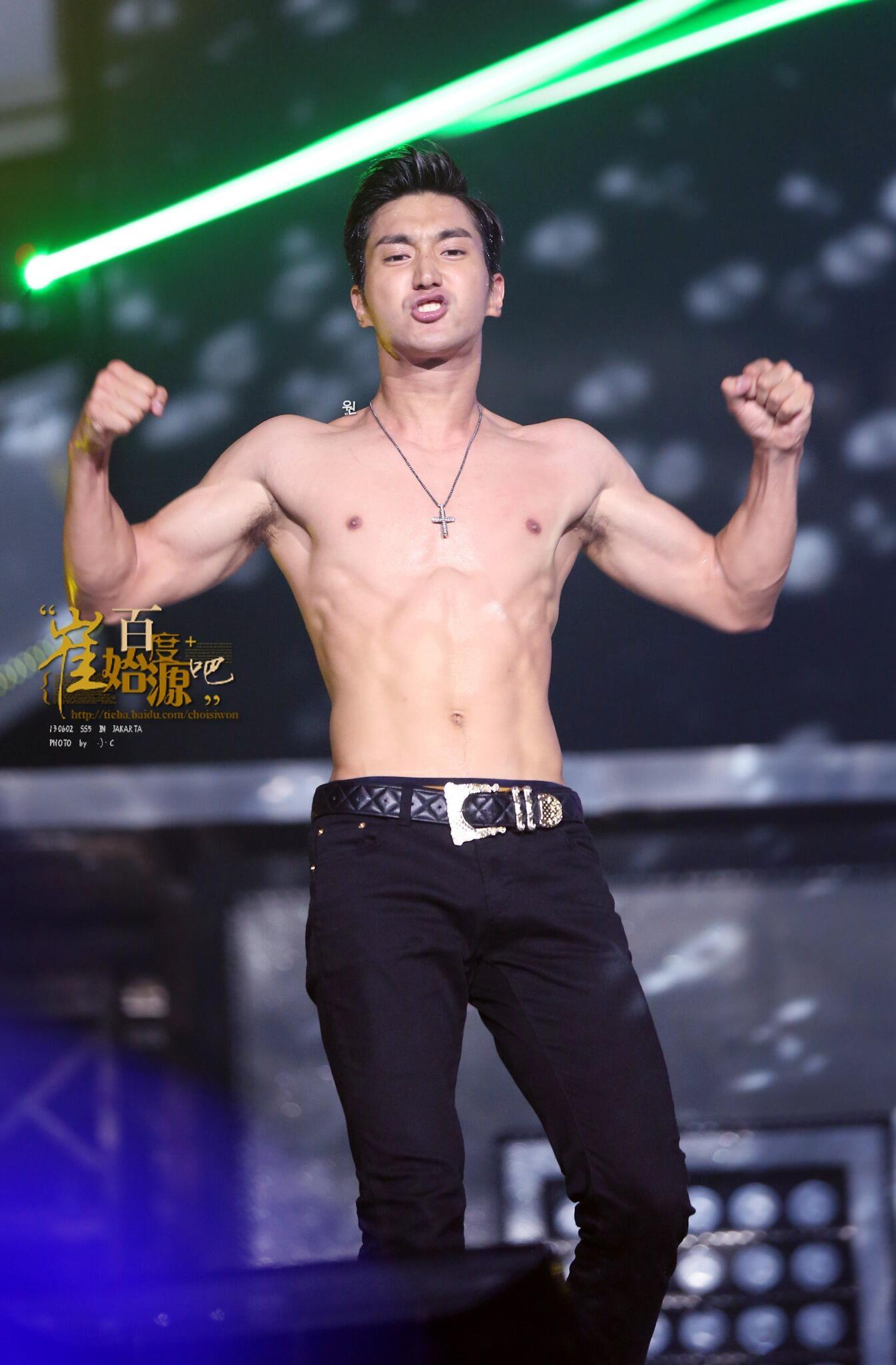 Appreciation] King of Kpop Super Junior Choi Siwon (Italian Vogue ...
