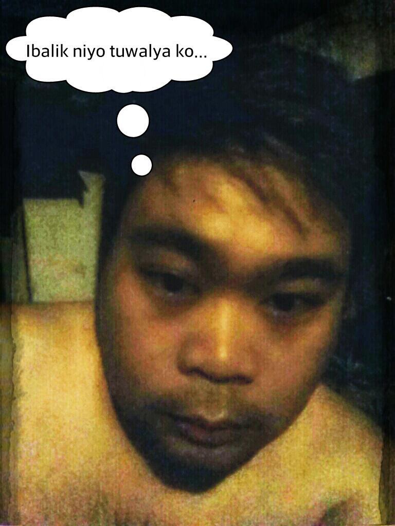 Good morning mga Kapwa! Haha! Eh sa kagigising ko lang eh. Liligo palang. Tara!  MGA PISTIIIII.....!!!!! http://t.co/rLjOy0lNTS