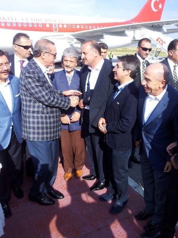 nihat özdemir...Fenerbahçe'den uzak dur !!!!! http://t.co/DKQs2AVMat