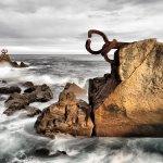 Amanecer en el peine del viento, San Sebastián, Guipúzcoa. http://t.co/564cOPUXQq