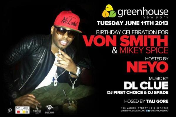 Celebrating @smokedrinks with #whitebottles as Neyo host tonight and DJ Clue. http://t.co/n16sAzKMTT