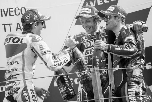 Some great respect in this picture from the podium … http://t.co/Jdf1fyzyTz