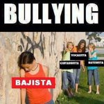 No al #Bullying de #bajista #bajistas http://t.co/zcawrsDvH9