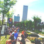 RT @GuthrieGreen: Getting nutty out here!  #foodtruckwednesday #guthriegreenstreetmeat http://t.co/Q3yxpBQSB7