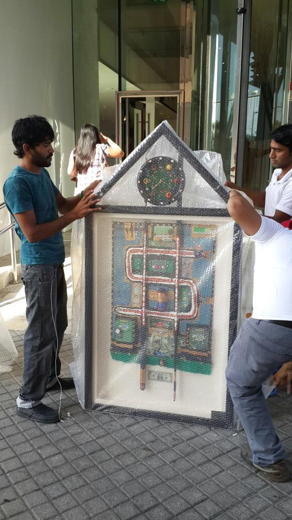 RT @flowersmeller: $hooting pool leaving @MediaOneHotel @dollarsandart  for a private commission for a creative agency in Dubai #art http://t.co/EJI5rwiS26