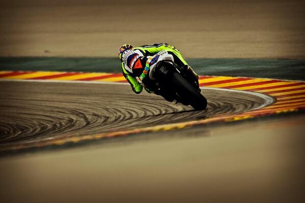 Motorland de Aragon Wednesday,MotoGp test Great comeback of Mighelon http://t.co/aMondJgyad