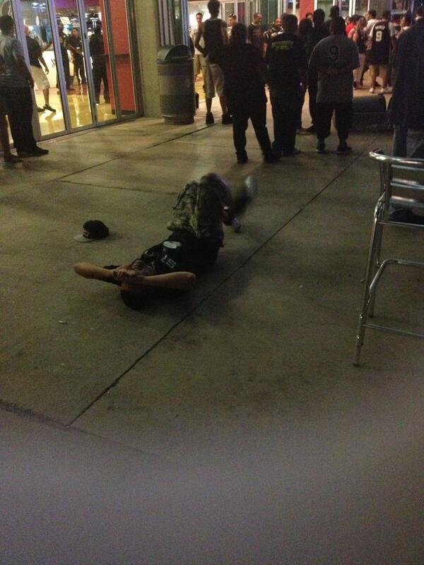 "😪 ""@y3lla: THIS BOY CRYING ON THE PAVEMENT http://t.co/C48R3lkvzB"""