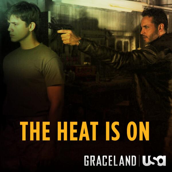#WestCoast, Mike & Briggs pick up where they left off right NOW on an all-new episode. #GracelandTV http://t.co/RtLVRgld9v