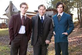 RT @Aida_Mystic: Damon and Stefan with their father! #TeamSalvatore http://t.co/V2VxSE2Or3