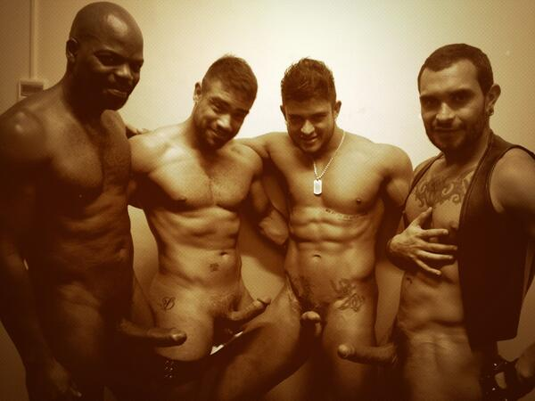"CutlerX (@CutlerX): ""@krissastonxxx: Hot hot sexyvores :-) backstage ADDICTK CLUB OPENING NIGHT @CutlerX @wagnerediego @Lucio_Saints :-p http://t.co/5d4PkAwEkh"""