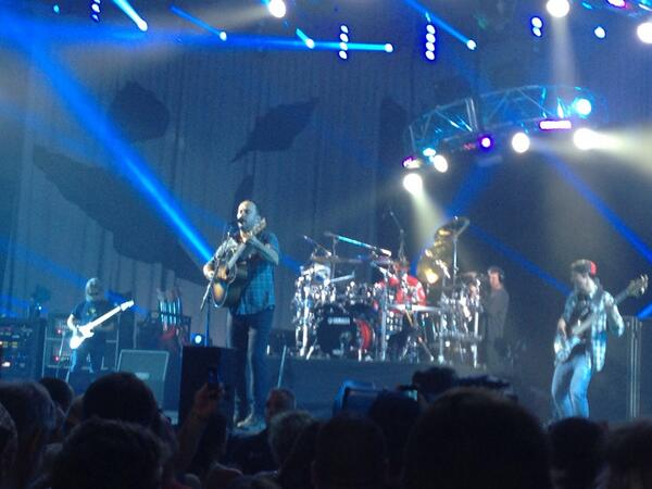 Dave Matthews Band in Camden, NJ. He played a 3 hour set. http://t.co/h8GKr2uY1D