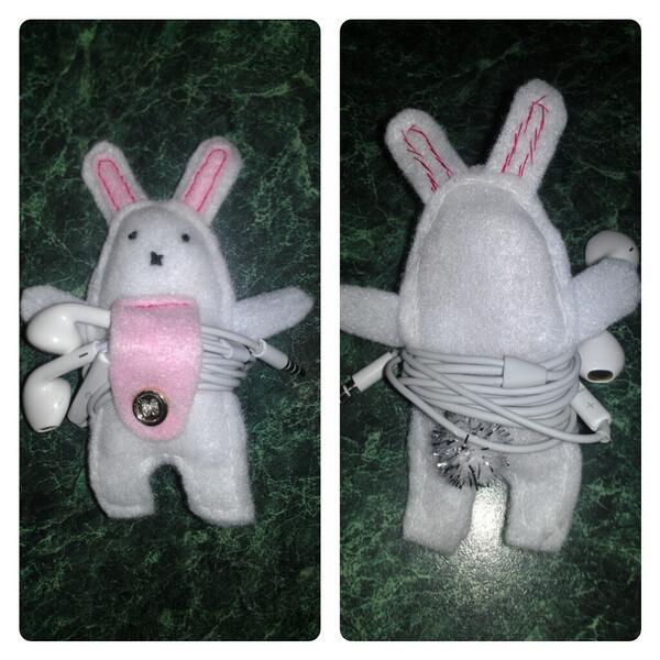 I've made my own earphone holder! #rabbit #crafts #diy @Pinterest :) http://t.co/7gP82B60mz