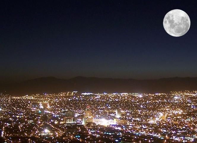RT @Fundacion_UNAM: Hoy la luna est? en su punto m?s cercano a la Tierra, es la luna m?s grande y brillante del a?o. ?As?mate a verla! http?