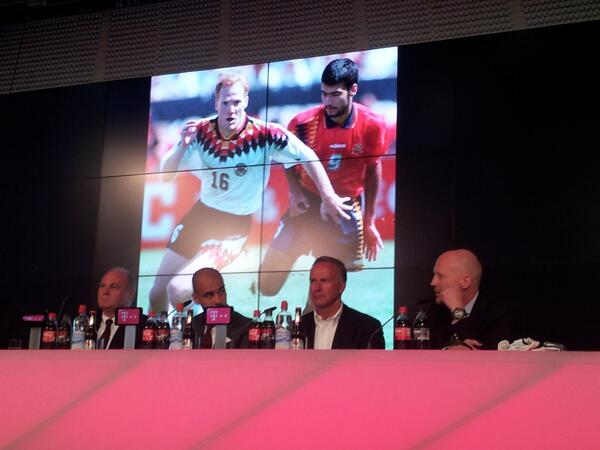 BNhLAHLCIAEzUOn Pep Guardiola shows off his German at Bayern Munich unveiling [Video & pictures]
