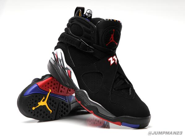 "MJ rocked the ""Playoff"" AJ VIII's on the way to his 1st 3-peat. They return to the game this Saturday: http://t.co/TcPr5HEfA4"