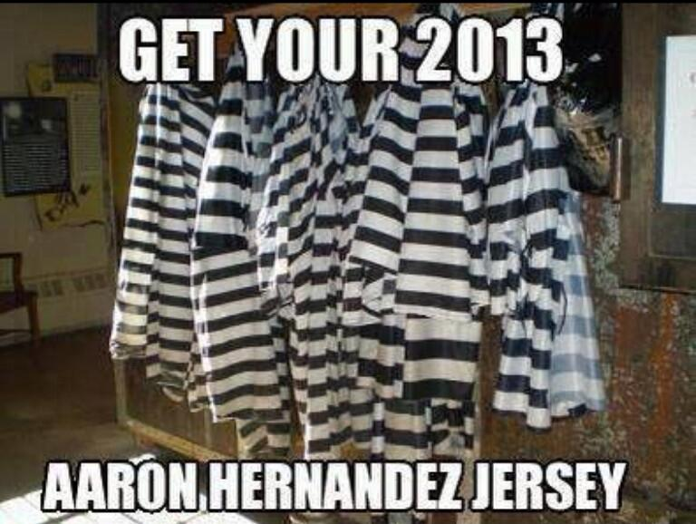 RT @FillWerrell: Get your 2013 Aaron Hernandez Jersey http://t.co/FaFt4nPseh