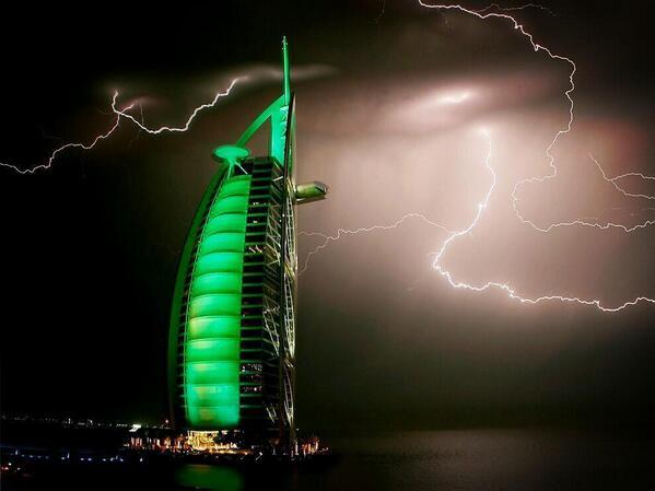 Thunderstorm above Burj Al Arab, Dubai, UAE. http://t.co/qeZuFjVtJn