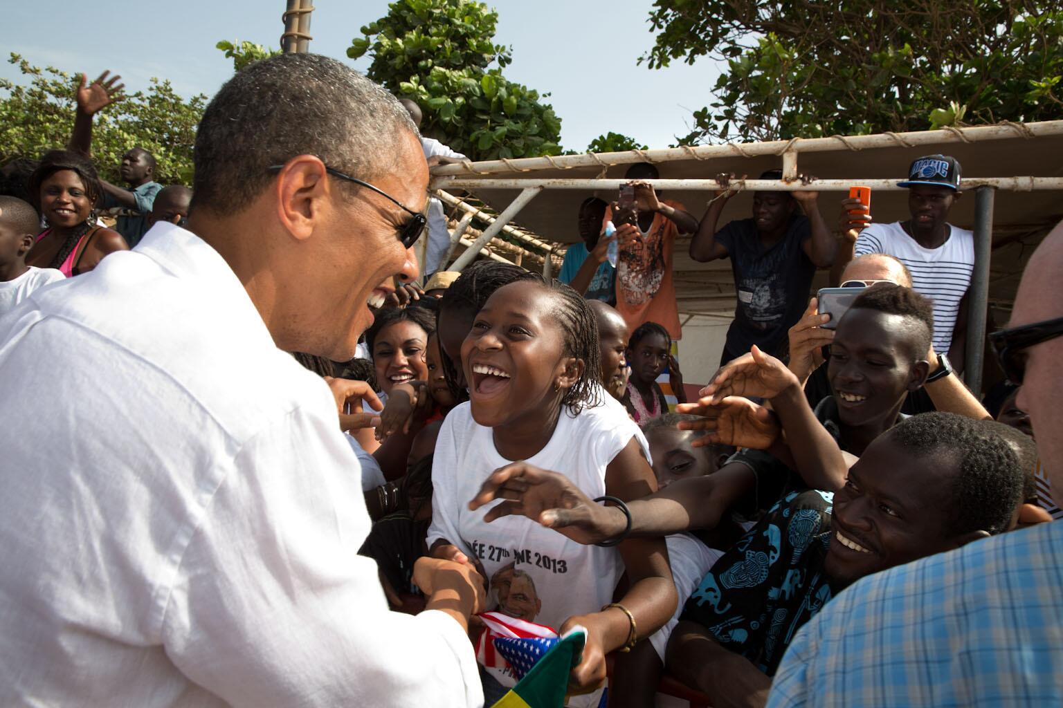 President Obama greets kids on Gorée Island in Senegal: http://t.co/Vx7NevnMnA