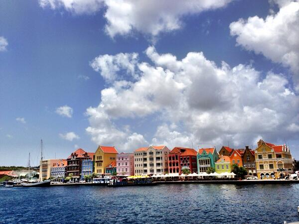 RT @StavVaisman: The #beautiful #Dutch influenced promenade in #Willemstad, #Curaçao. #travel #caribbean #vacation @lonelyplanet. http://t.co/vwcd7S4mvO